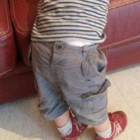 Se faire habiller par Papa