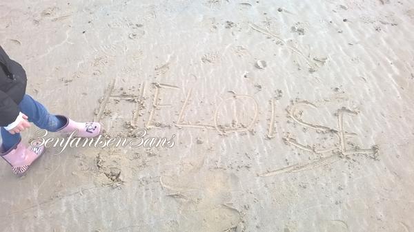 1-son-prenom-sur-le-sable