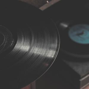 disque vinyle et platine