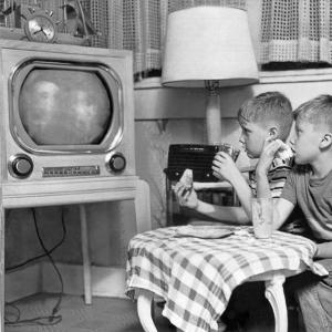 3enfantsen3ans Television-1950s
