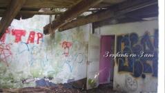 La petite maison dont le sol de l'étage tombe