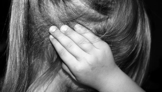 3 enfants en 3 ans chapeau enfant maltraitant oreille