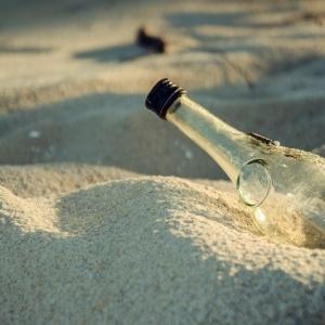 bottle-2079231_1280